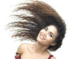 schönes lateinamerikanisches Mädchen foto