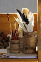 Werkzeuge des alten Schreibers / Chirographen / Penman / Kalligraphen foto