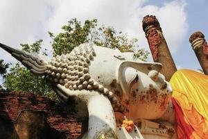 weißer Buddha foto