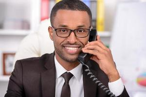 afrikanischer Geschäftsmann foto