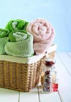 Spa-Einstellung mit Handtüchern, foto