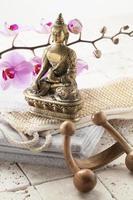 Massagezubehör im ayurvedischen Spa foto