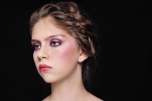 Make-up und Zöpfe
