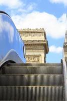 Rolltreppe bei Champs Elysées foto