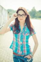 schöne junge Hipster Frau foto