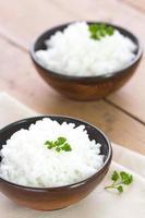 gekochter Reis in einer Schüssel