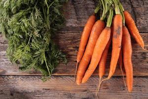 Karotte und Blatt foto
