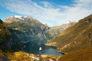 nordnorwegische Fjorde.