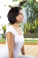 attraktive junge Frau trainieren