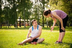 Sportverletzung - Probleme mit dem Oberschenkel foto