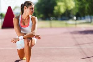 sportliches schönes junges Frauenporträt