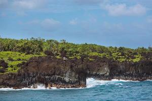 Küstenfelsen - Wai'anapanapa State Park, Maui, Hawaii foto