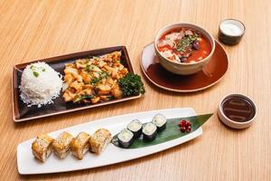 asiatisches Abendessen foto