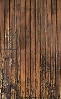 rustikales Holz mit zerrissener Farbe foto
