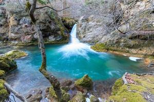Wasserfälle im Naturschutzgebiet Urederra foto