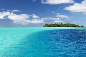 Bora Bora Aqua und blaues Wasser foto