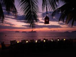 Abendessen am Strand foto