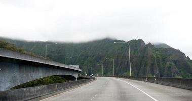 zwischenstaatliche h-3 auf oahu, hawaii foto