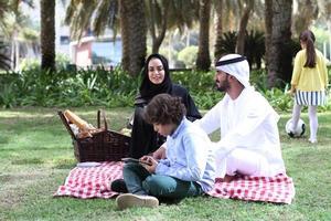 Familie im Picknick foto