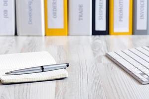Schreibtisch des Entscheidungsträgers foto