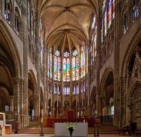 Basilika von Saint Denis (Basilique Royale de Saint-Denis) 6 (Paris, Frankreich) foto