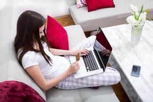 Online-Kauf mit der Kreditkarte foto
