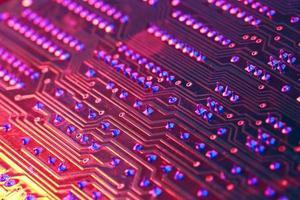 rotes Licht des elektronischen Leiterplattenprozessors des Computers foto