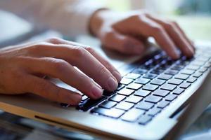 Geben Sie auf der Tastatur ein foto