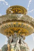 Die Fontaine des Fleuves-Brunnens am Place de la Concord, Paris. foto