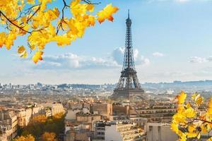 Eiffeltour und Pariser Stadtbild foto