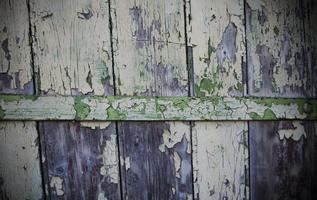 verwitterte Farbe auf Holz