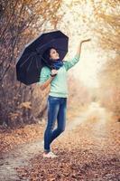 Frauenporträt Regenschirm foto