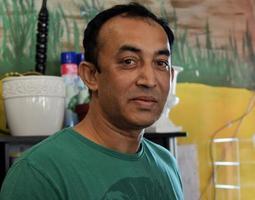 Porträt eines lokalen Kleinunternehmers foto