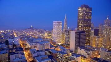 San Francisco Skyline in der Nacht foto