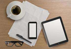 3D leere Tablette mit Handy foto