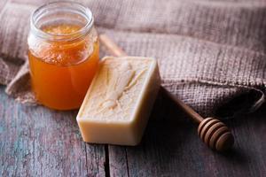 Stück natürliche handgemachte Seife foto