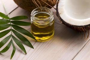 Kokosnuss und Kokosöl foto