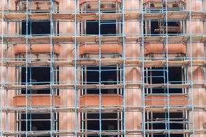 Gerüst oder Gerüst, Bau im Bau, Engineering und Entwicklung. Wiederaufbau foto