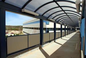 professionelles Gebäude und begehbar