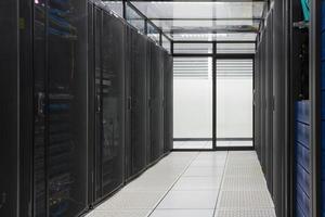 Rechenzentrum, Serverraum für Unternehmen. foto