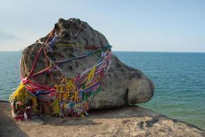 heiliger rock khao seng in songkhla foto