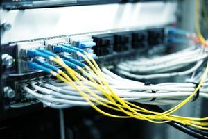 Telekommunikationsgeräte im Rechenzentrum foto