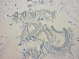 Glücklicher Tag am Strand foto