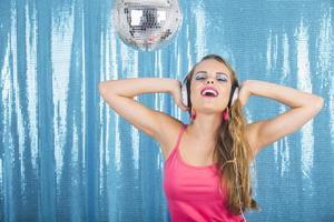 in der Disco tanzen foto
