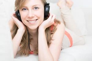 die Musik zu Hause genießen foto