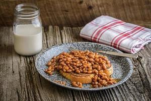 Toast und Bohnen foto