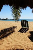silla en la playa foto