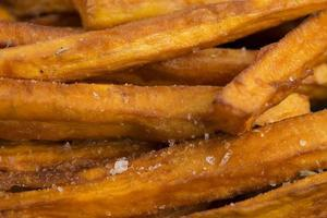 Süßkartoffelpommes foto