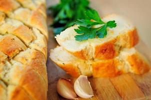Brot mit Kräutern foto