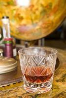 Whisky auf Getränkekugel foto